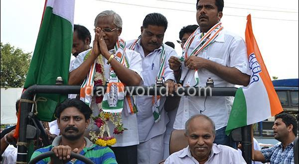 J R Lobo Congress leaders take out victory procession