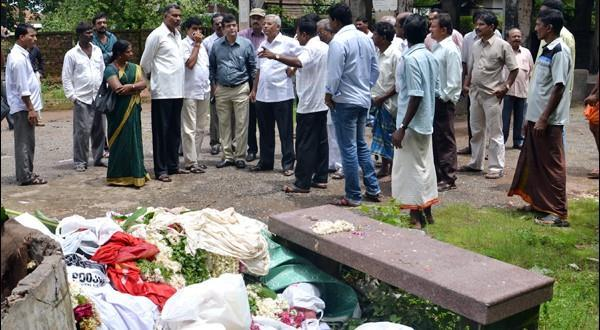 Mlore J R Lobo inspects park, crematorium, order clean-up