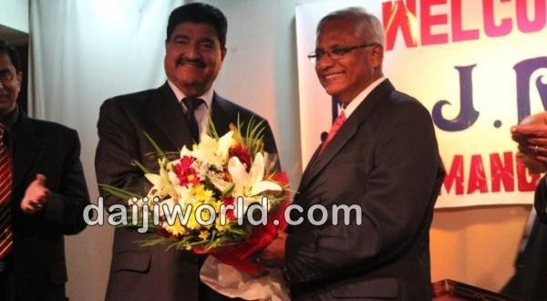 Abu Dhabi J R Lobo interacts with Mangaloreans, assures to do his best
