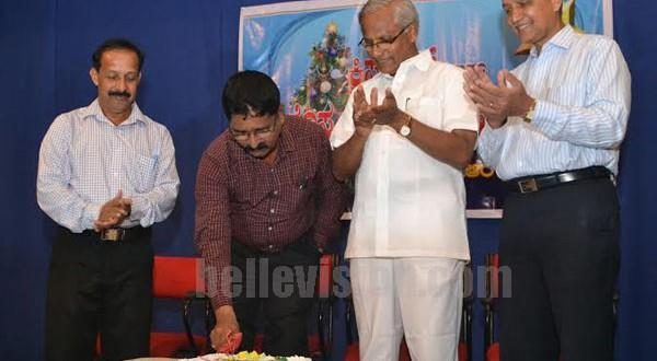 Mangalore MLA J R Lobo celebrates Christmas with media persons briefs about developments