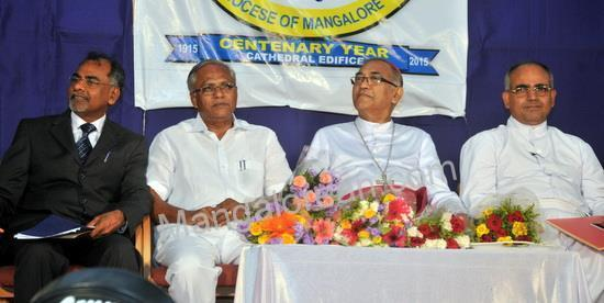 Mangalore Bishop Aloysius Inaugurates Centenary Year of Rosario Cathedral