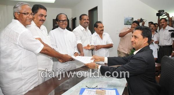 Mangalore Janardhan Poojary files nomination