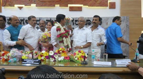 Mlore Mahabala Marla elected City Mayor, Kavita-Deputy Mayor