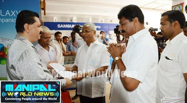 Mangalore Lobo campaigns for Poojary at Alake, New Chitra Talkies area