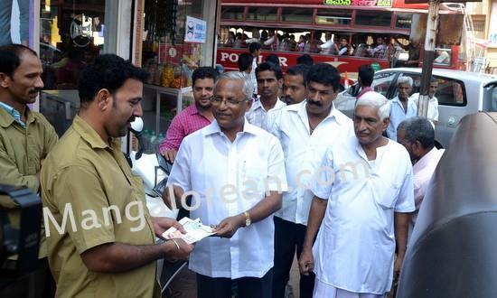 Mangalore MLA J R Lobo Campaigns for Congress LS Candidate Janardhan Poojary