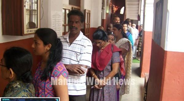 Mangalore Polling begins in Dakshina Kannada;Poojary, Nalin kumar cast their vote
