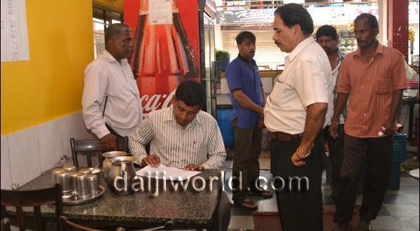 Mangalore Malaria control-MCC officials crack the whip, raid hotels
