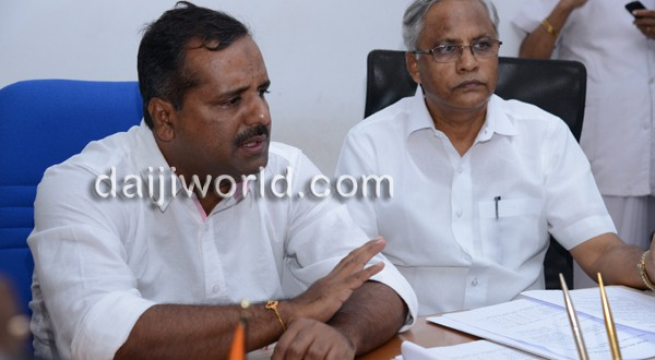Mangalore: Passengers at airport to be screened for Ebola virus: Khadar