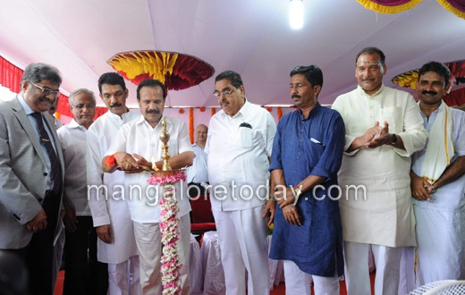 Union railway minister DVS lays foundation; M'lore - B'lore will be faster from March