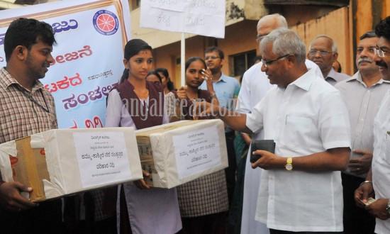 Mangalore: MLA J R Lobo Launches Jammu Kashmir Flood Relief Fund Drive