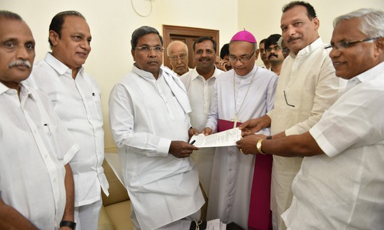 Bangalore: Delegation Meets CM to Seek Holiday in Coastal Districts on September 8