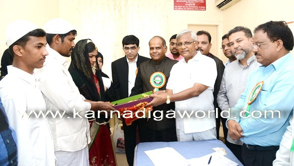 17 couples tie a nuptial knot at Milagres Church Hall in Mangalore.