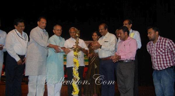 Minister U T Khader inaugurates Mangalore University's Swachh Bharat Campaign