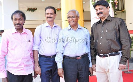 Land Trades 'Aadheesh Avenue' commercial complex inaugurated