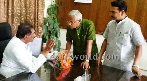 Mangaluru: Attack on Panir prayer centre - J R Lobo meets home minister