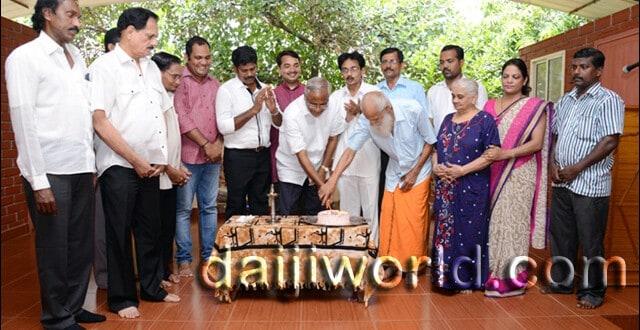 Mangaluru: J R Lobo celebrates birthday at old age home