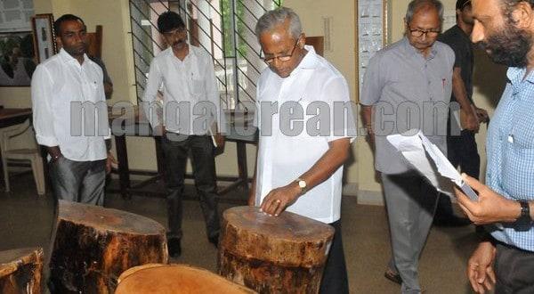 Mangaluru: MLA J R Lobo Inspects Various Development Projects at Pilikula Nisragadhama