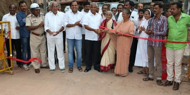 Mangaluru: MLA J R Lobo inaugurates newly-concreted Road in 45th Port Ward
