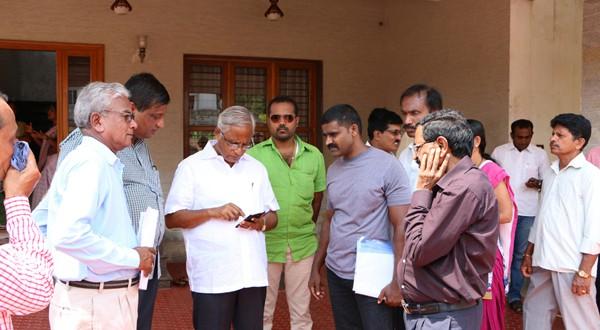 Mangaluru: Lobo addresses public grievance at Mallya layout