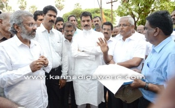 Padil-Bajal underbridge works face technical problems- MP, MLA inspect the spot