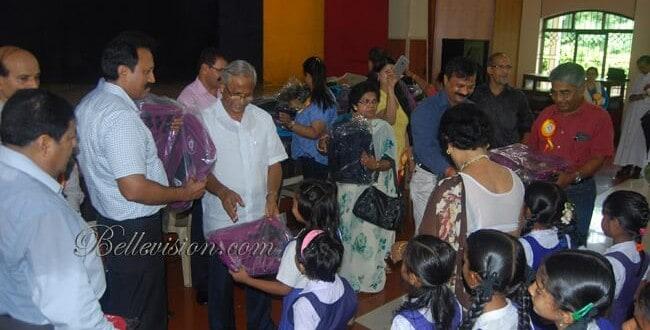 Mangaluru: KORWA distributes uniforms & books to nearly 500 needy students - J R Lobo