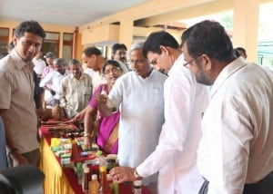 Coconut Farmers and Entereprenuers meet at Fisheries College