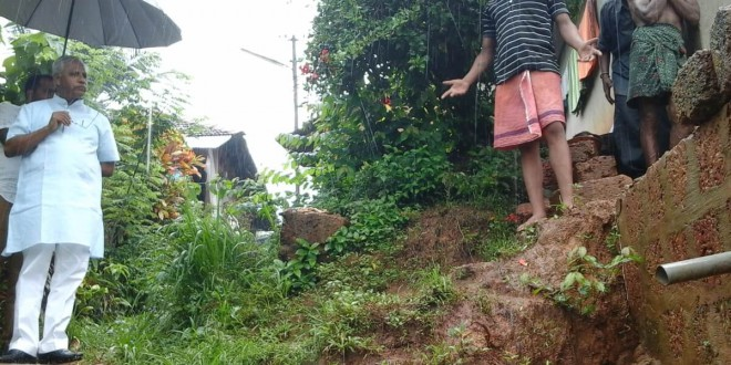 Rain damages in the city,spot inspection by MLA Lobo