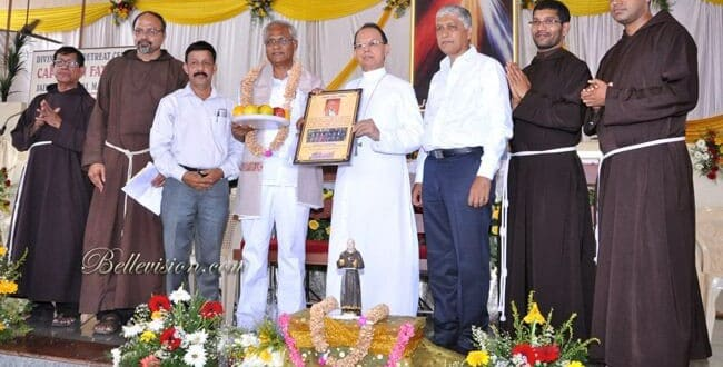 Mangaluru: Bishop Henry DSouza and J R Lobo honoured during annual feast of Padre Pio