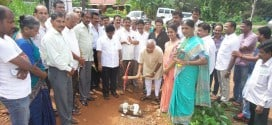 Mangaluru: MLA J R Lobo lays foundation for concreting road at Nagori