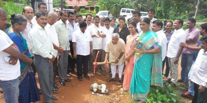 Mangaluru: MLA J R Lobo lays foundation for concreting road at Nagori