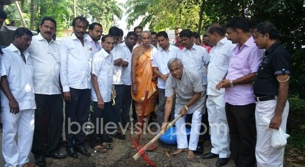 Mangaluru: MLA J R Lobo lays foundation to concreting Kadri Kambla Main Road @ Rs 2.30 crore