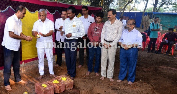 MLA J R Lobo Gives Start for Construction of Musical Fountain at Kadri Park