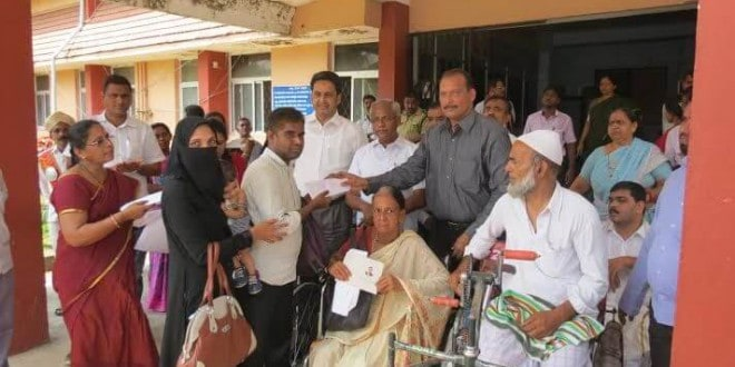 Mangaluru: State facilities distributed to physically-challenged