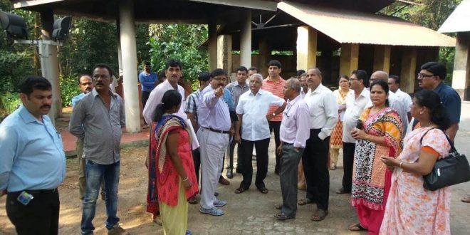 Mangaluru: MLA J R Lobo advises civic officials to develop Nandigudda crematorium as model