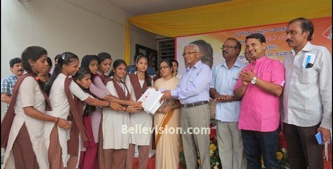 Dakshina Kannada District Congress Committee organizes free health checkup camp at Kulshekar